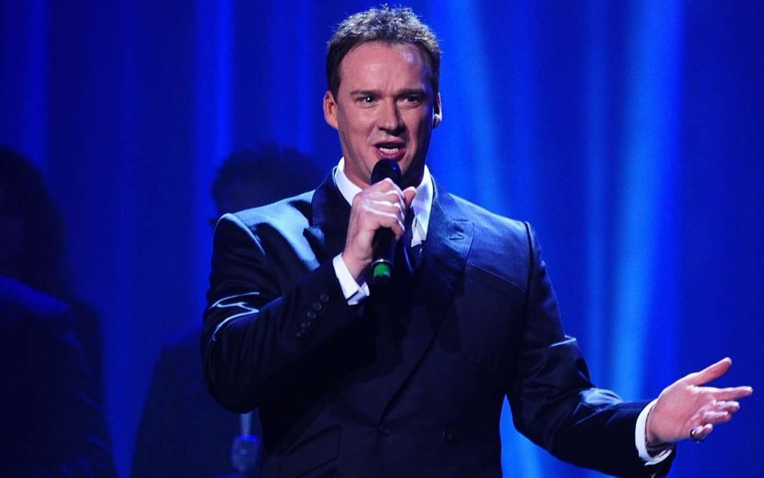 RUSSELL WATSON BRINGS PROMS MAGIC TO HALE BARNS CARNIVAL 2021