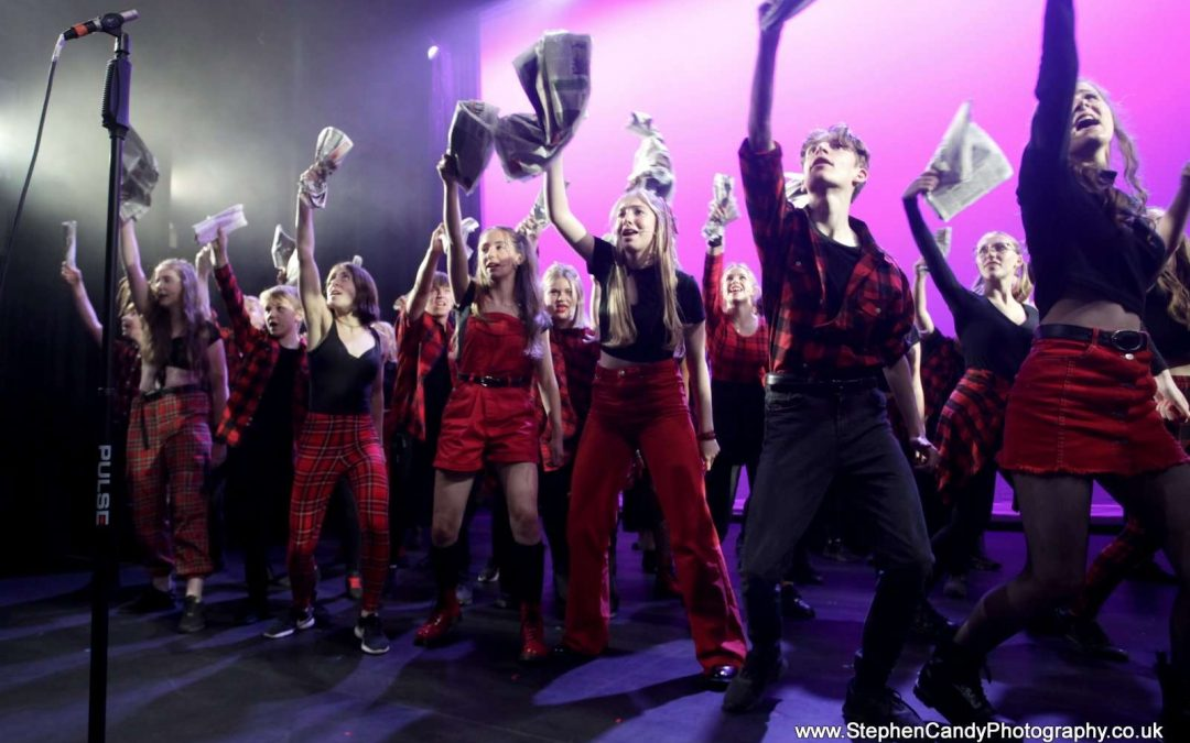Ariel Company Theatre Triumphs Back on Stage